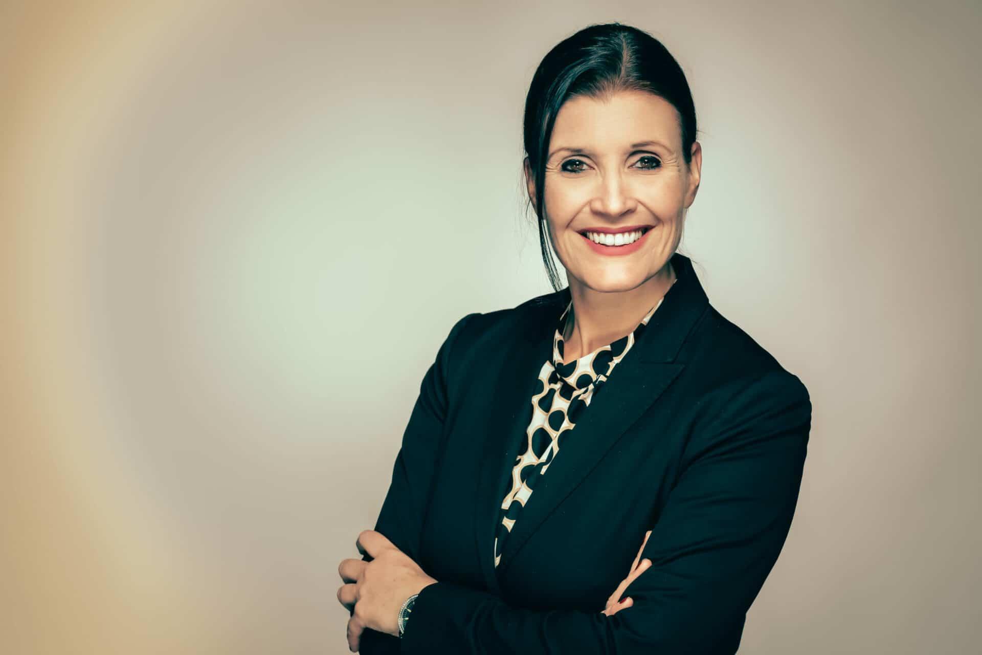 Sabrina von Nessen - Ihre erfahrene Business Mentorin, Keynote Speakerin und Autorin